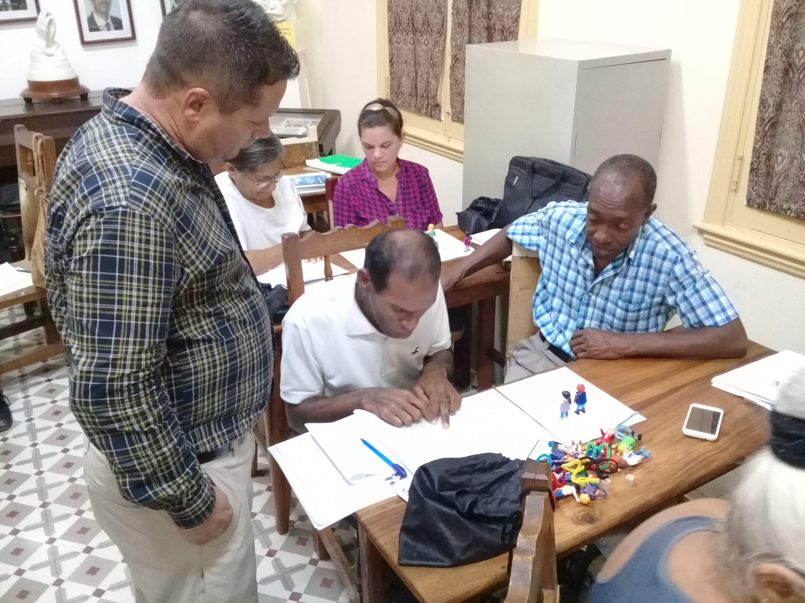 Dos grupos de capellanes en «El Juego de la Vida» de Dios (+fotos)